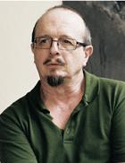 Eric MACLOS